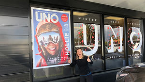 uno magazine window display