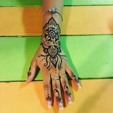 #henna #hennahand #hennatattoo #mandala