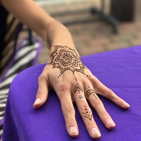 #laurenflanaganart #henna #hennaart #man