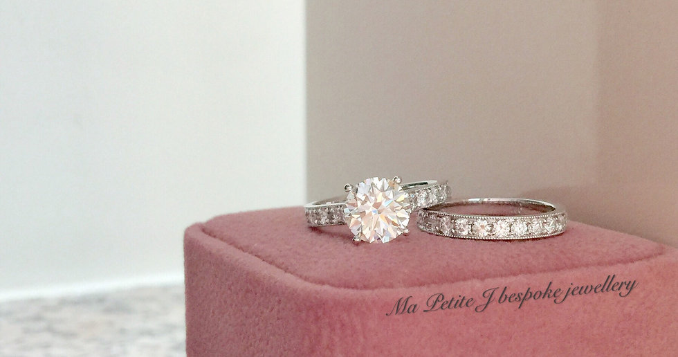 Diamond engagement ring, wedding band