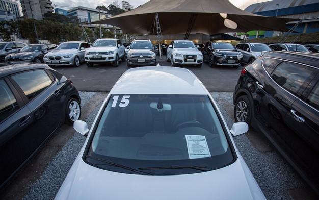 Financiamento de veículos chega a meio milhão de unidades pela 1ª vez desde 2014