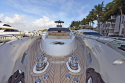 Luxury_Yachts_Front_View
