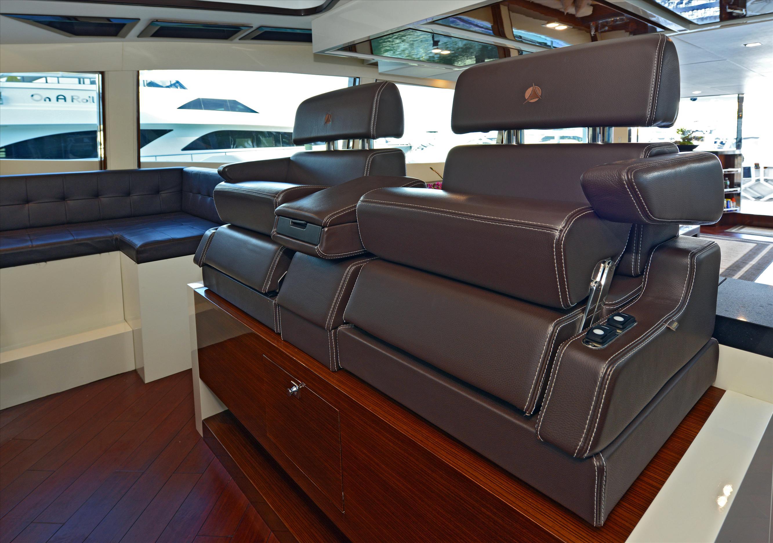 Luxury_Yachts_Interior_Design