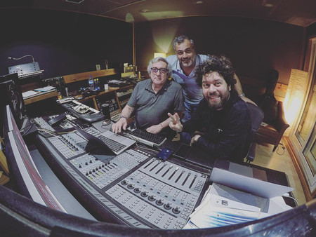 Musical production with Ramon Galarza at the Tchatchatcha studio on the EP by John Streets in Lisbon.