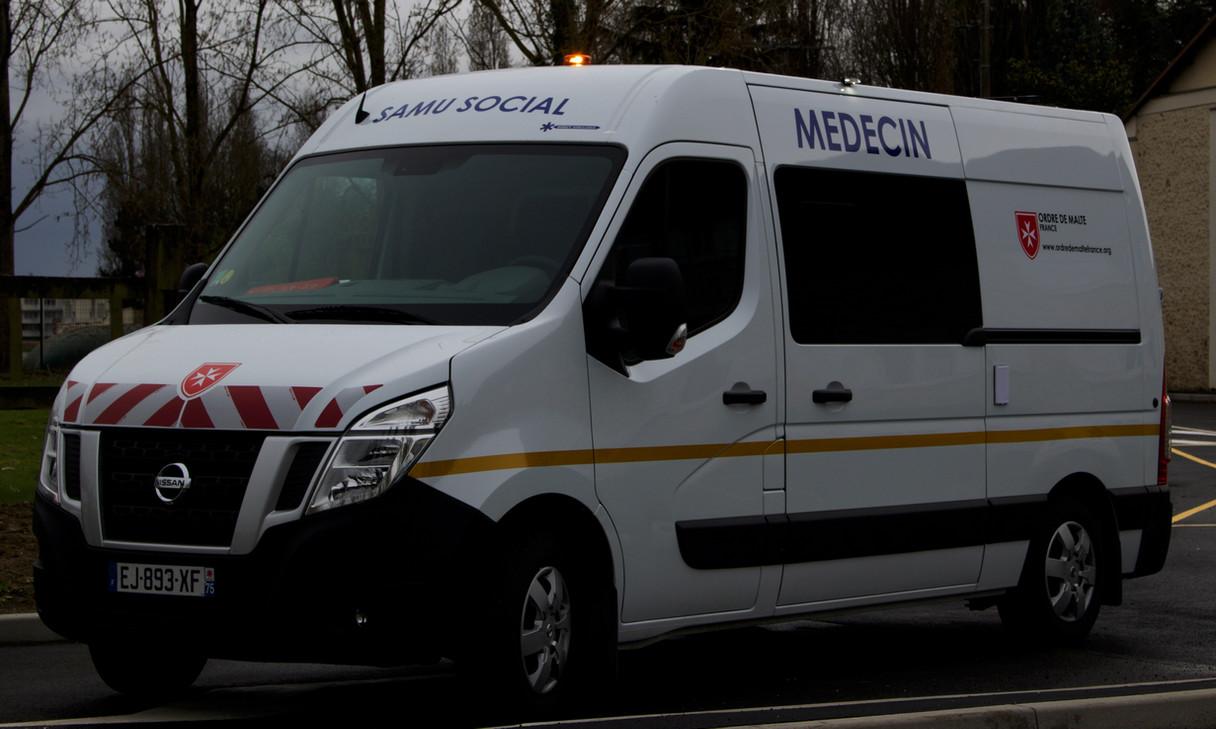 Cabinet Medical Mobile ODM 75.jpg