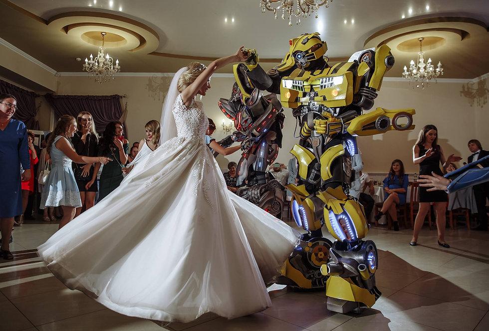 Шоу на свадьбу Трансформеры