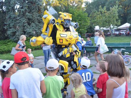 Часть 2: ТРЦ и роботы. Костюмы трансформеров бизнес план.