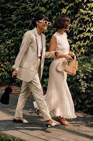 femmes_elegantes_chaussures_petit_talon.