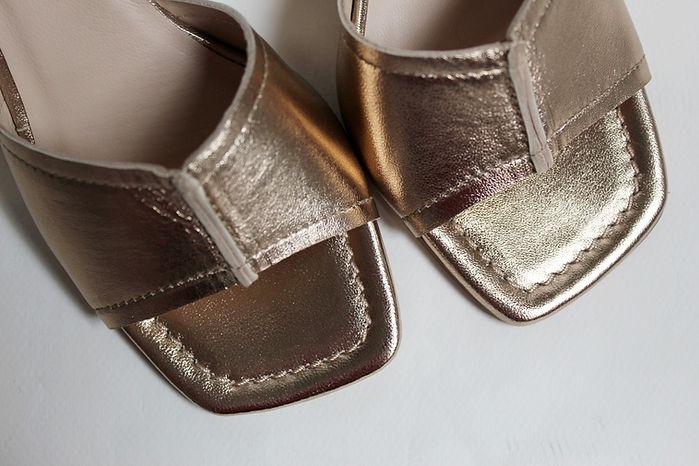 sandales_dorées.jpg