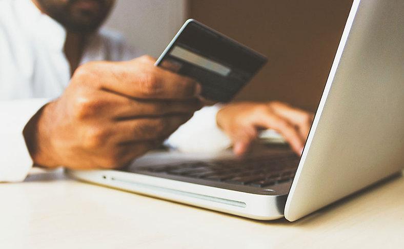 hand-computer-credit-card.jpg