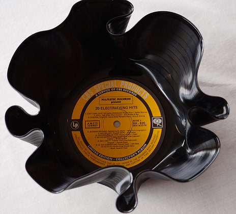upcycled vinyl LP Record Bowl (02-002)