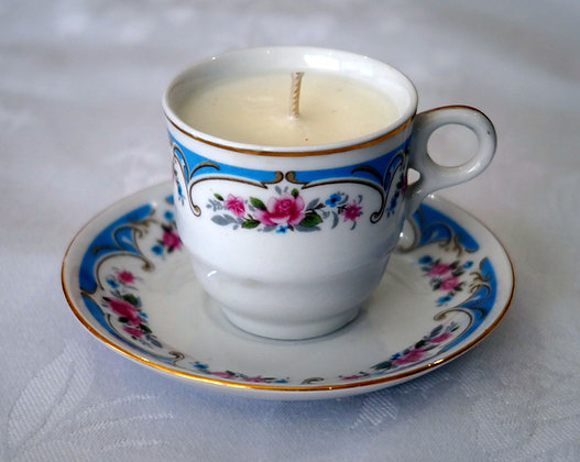 Repurposed china teacup candle_blue (02-049)