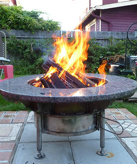 satellite BBQ and grill.JPG