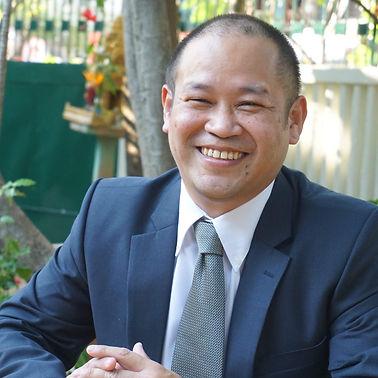 Mr Suji Matsuoka (1)_edited.jpg
