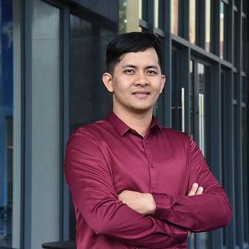 Mr. Na Sambathchatovong.jpg