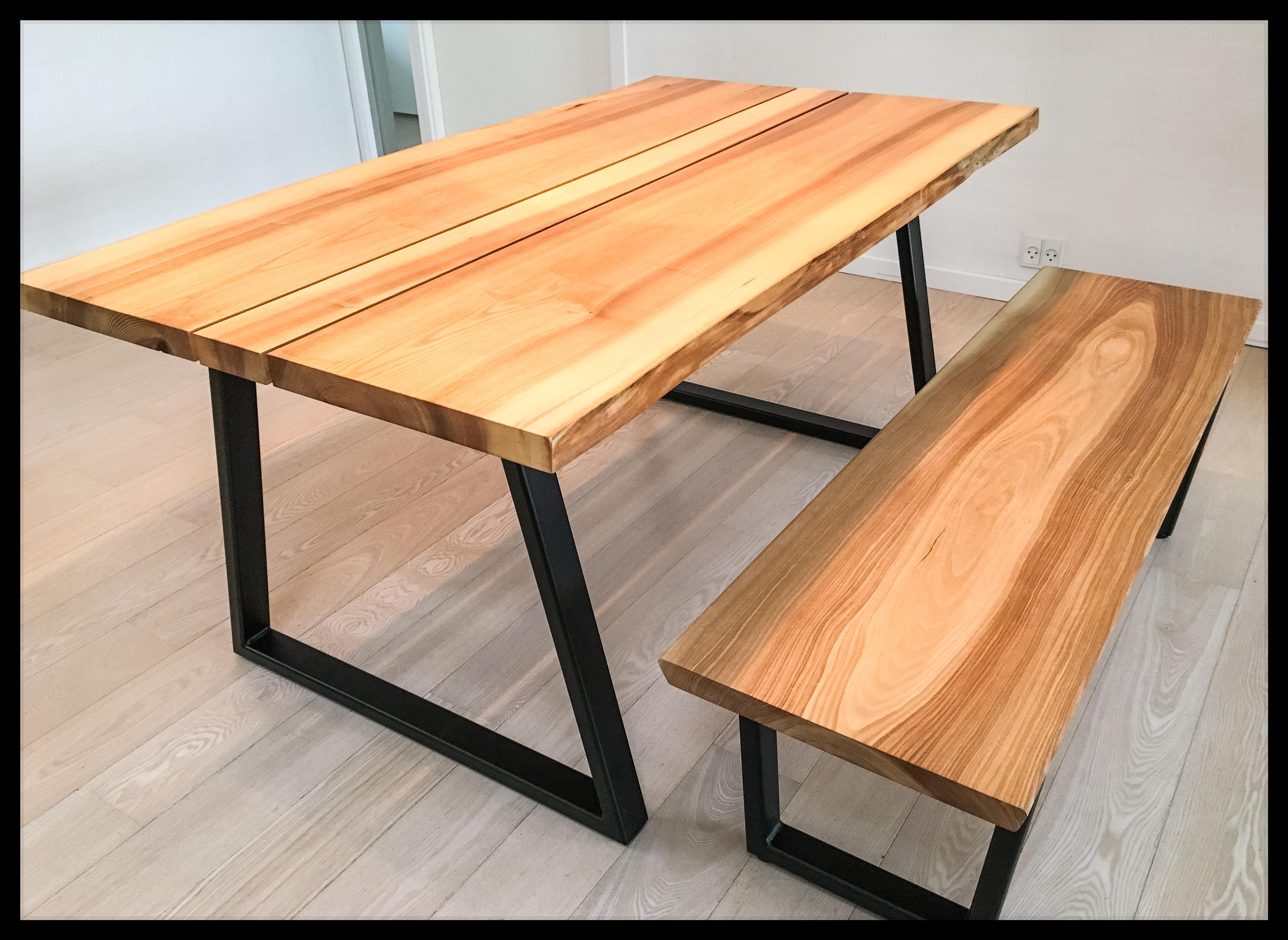 Asketræ bord og bænk