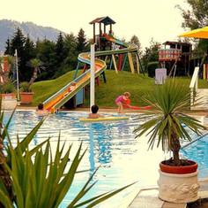 Pool & Rutsche