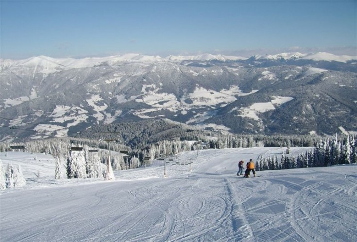 Sun-skiing Gerlitzen