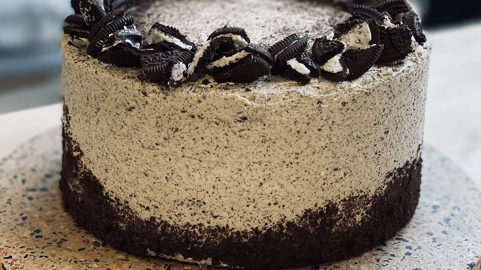 "Whole Oreo Cake (6"" and 8"")"