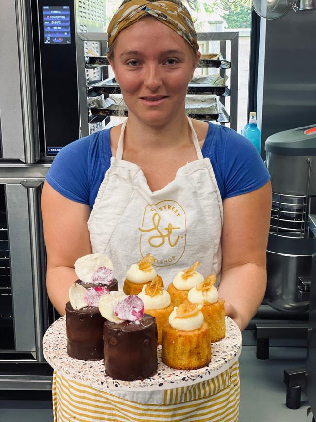 Hannah and the GF cakes