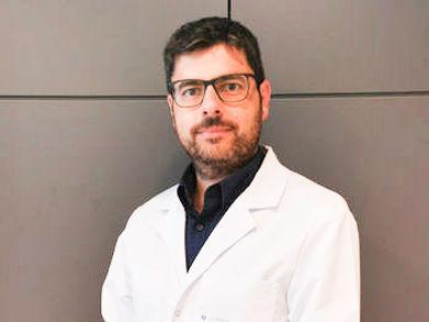 Cirugía robótica da Vinci, Dr. Marc Barahona