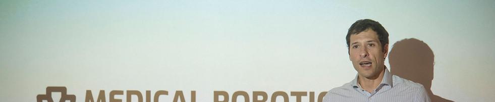 Simposio cirugia robotica baja9.jpg