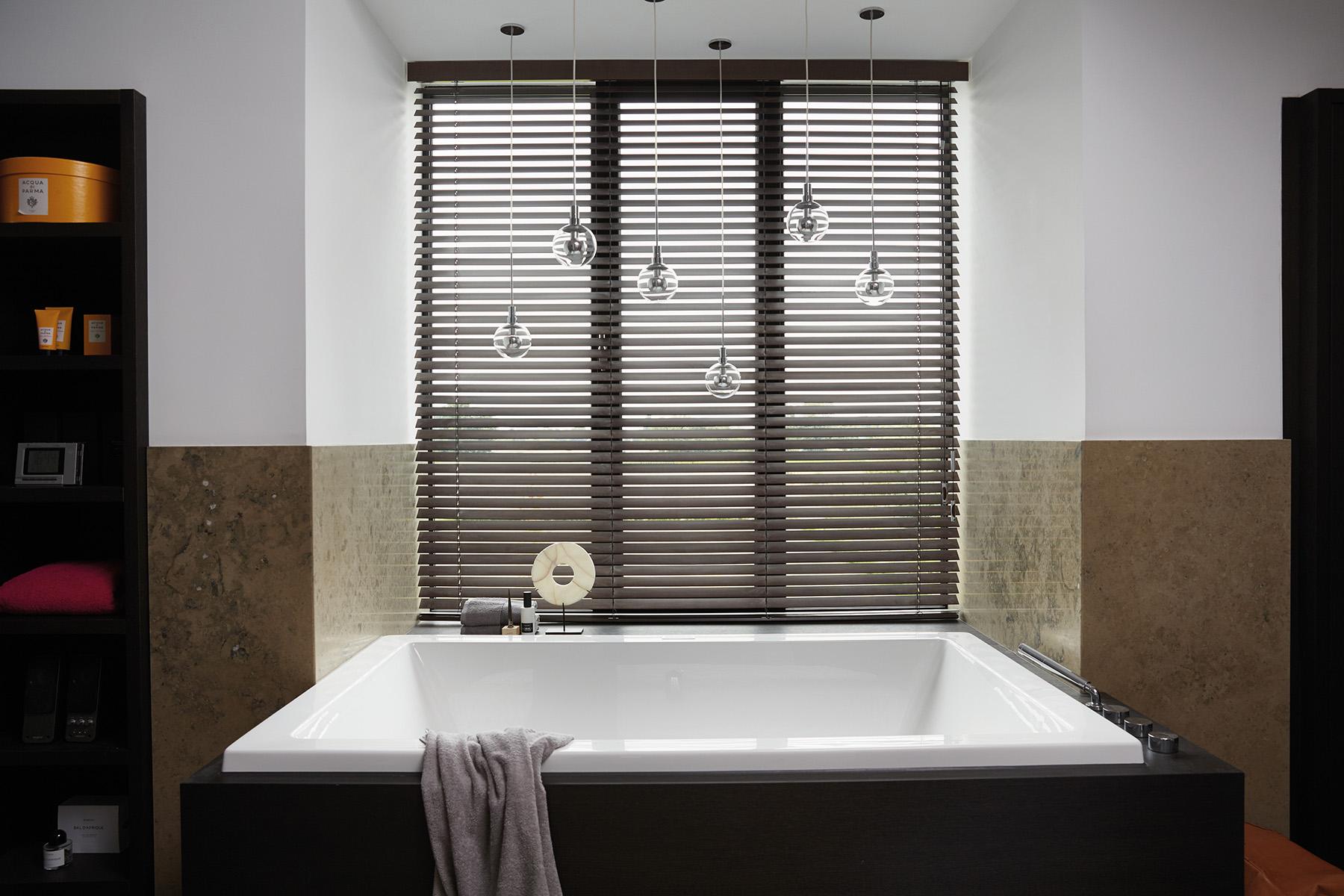 madeira s/ fita banho