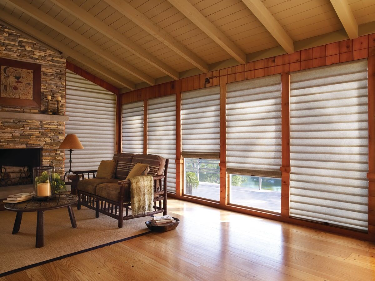 Cortina Vignette - Hunter Douglas
