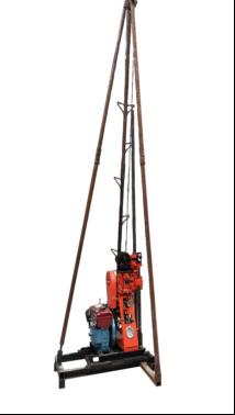 50A hidrolik karotlu sondaj kulesi.png