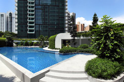 8 St Thomas pool