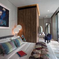 Petit Jervois bedroom2.jpg