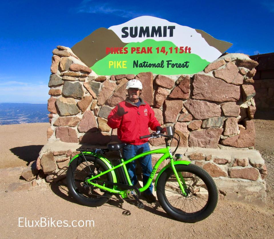 electric bike benefits seniors freedom and mobility | Elux Electric Bikes