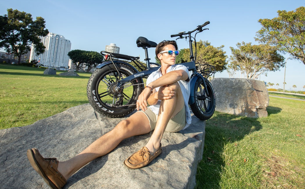 All Style with a Sierra Folding Electric Bike
