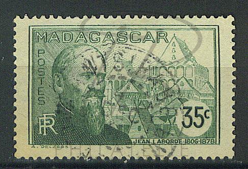 "Madagascar n°199 , cachet ""ANTSIRABE"""