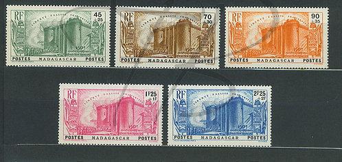 Madagascar n°209-213 , **