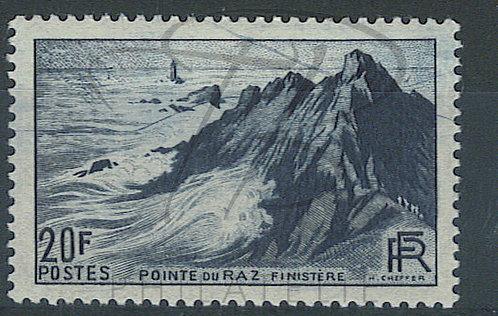 France n°764 avec maculage , *