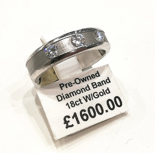 Diamond three stone band