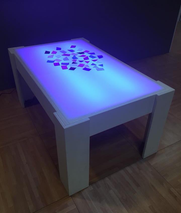 tavolino-luminoso-rgb-trasformabile