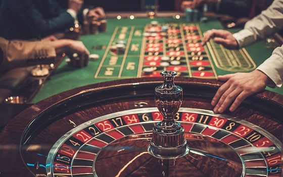 casino-roulette-table-chips-casino-conce