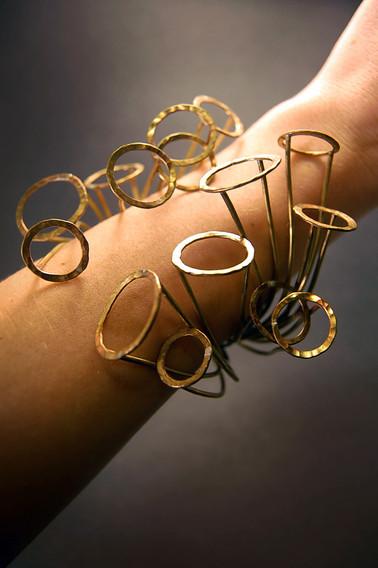 bracelet_arm.jpg