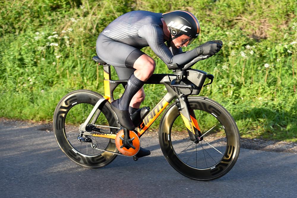 Giant Trinity time trial bike with HJC Adwatt helmet
