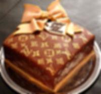 LOUIS VUITTON Cake - Catia's Cakes Studio - Cakes and Design: Catia Keck