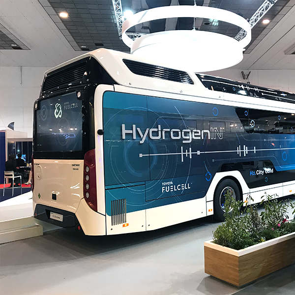 cb_stand-busworld-2019_galeriapng