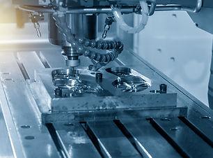 Yüksek alaşımlı takım çelikleri, paslanmaz çelikler, süper alaşımlar vakum fırınlarında sertleştirilir.