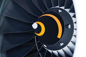 Uçak sanayinde motor parçalarını oluşturan süper alaşımlar, titanyumlar ve paslanmaz çelikler ısıl işleme girerler.