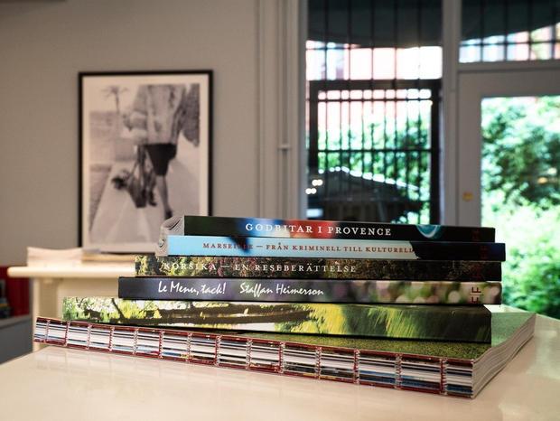 booksandgallery11.jpg