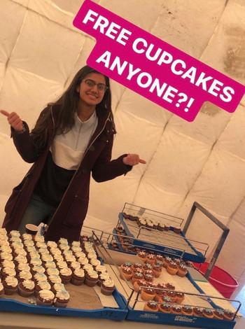 FREE cupcakes anyone ?!?