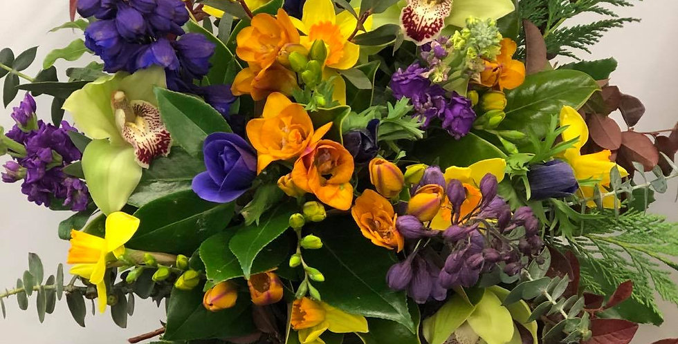 Monthly Blooms - Subscription flowers for 3,6 or 9 Months