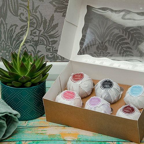 6 LUXURY AROMATHERAPY Bath Bombs Collection in a Gift Box, Vegan