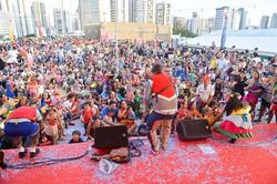 Hoje tem Bailinho de Carnaval no _shoppingrecife, a partir das 16h, com brincadeiras e com o nosso S